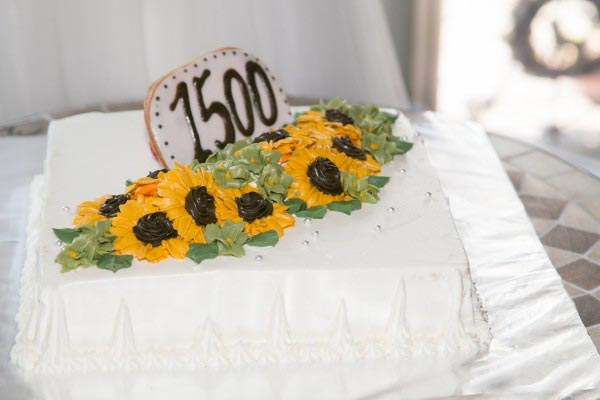 ひまわり デザイン ウェディングケーキ
